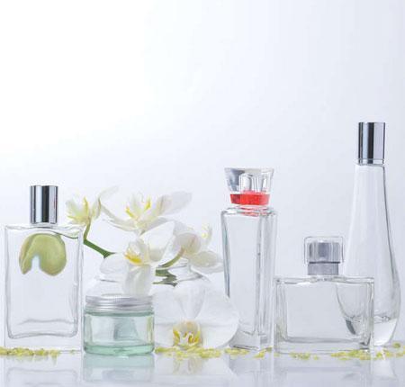 Flacons et pots de verre pour l'industrie de beauté