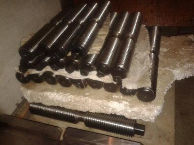 Запасные части для токарных патронов винты кулачки сухари и т.д.