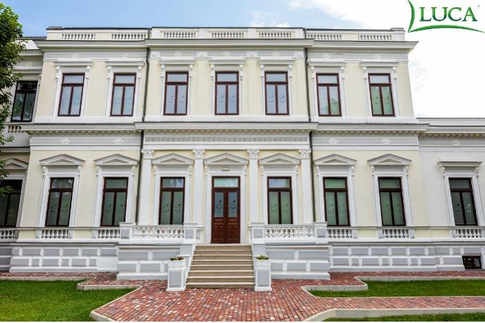 Historical monument building - Crissovelloni House-