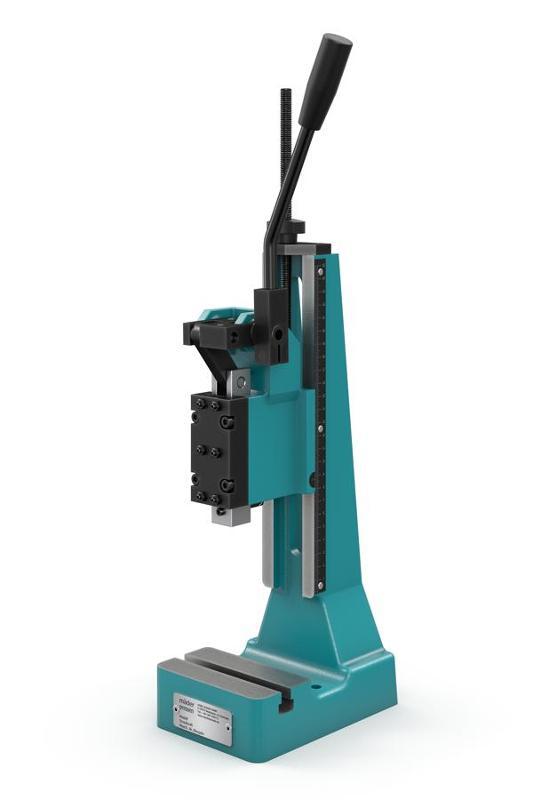 manual toggle press