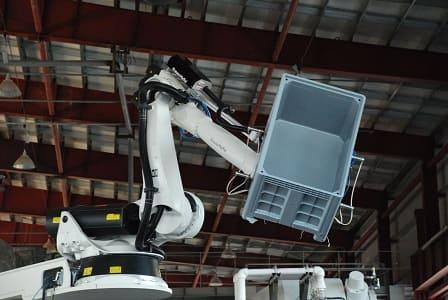 KUKA robot in the process of ready product removal