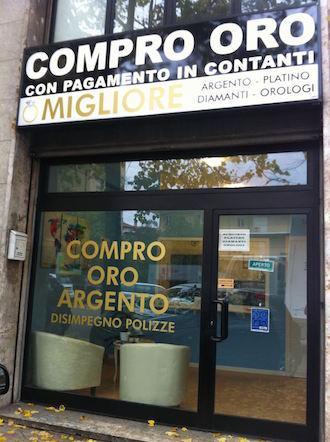 Compro oro Perugia vetrina