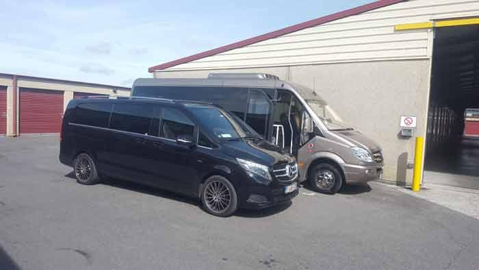 Minivan de luxe 7 places et minibus VIP 16 places