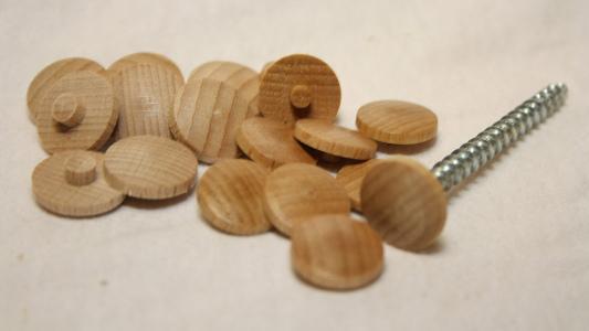 Abdeckkappen aus Hirnholz für Spaxschrauben