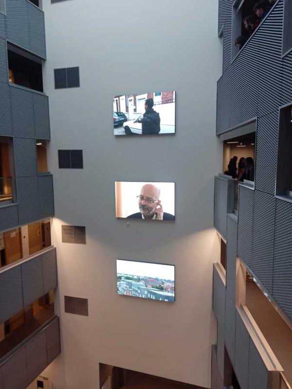 Vidéo wall in university