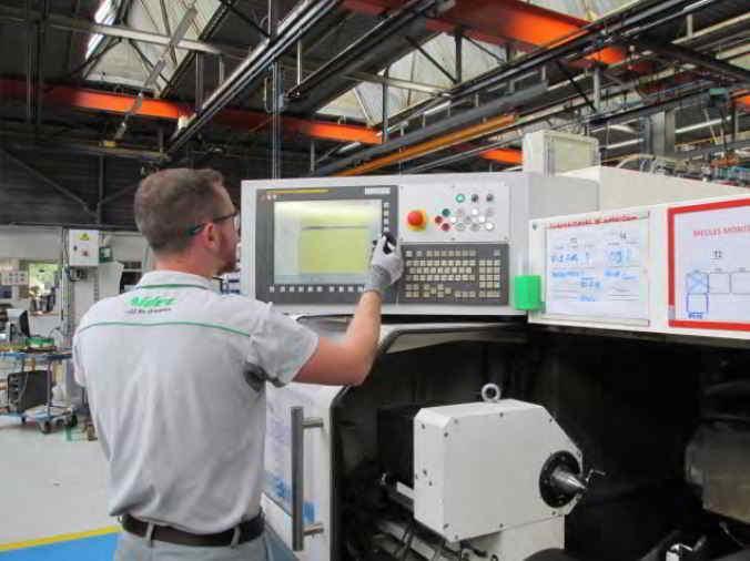 Configuration d'un tour numérique pour usinage d'arbre de moteurs