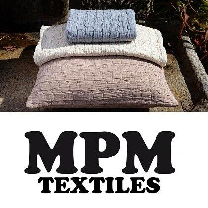 Bedspread and pillows stone wash quality
