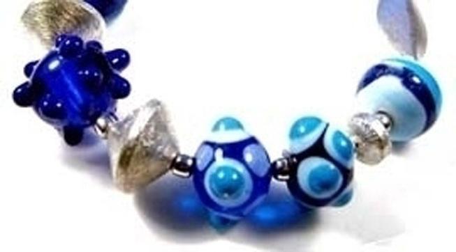Collana di vetro di perle