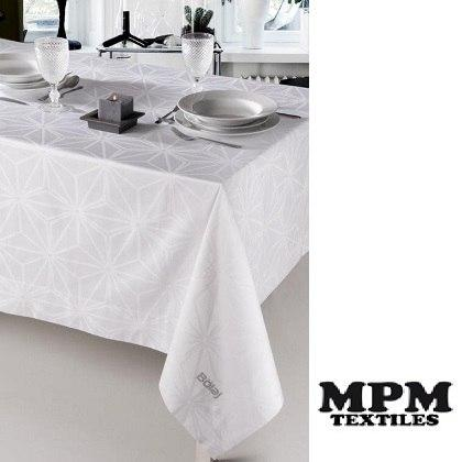 Table cloth and napkis 100% cotton