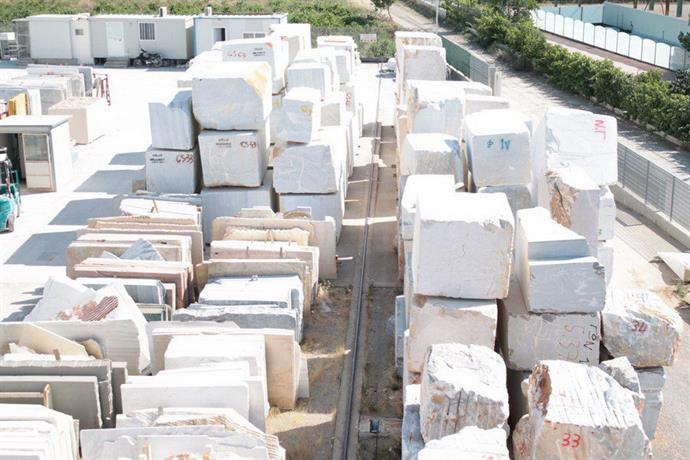Marble blocks and slabs