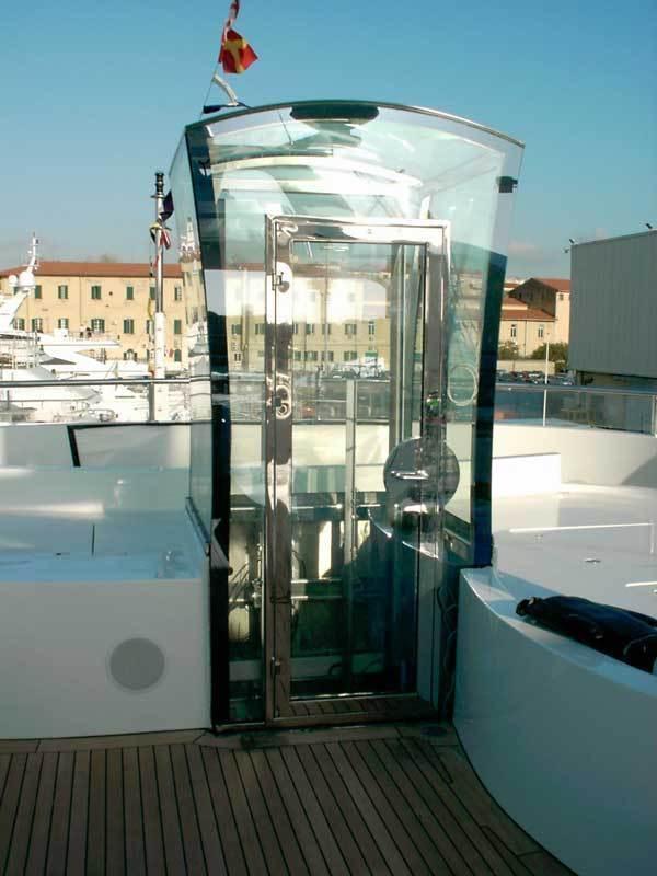 Ascensore per Yacht