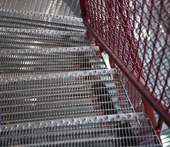 Gitterrost-Treppenstufen