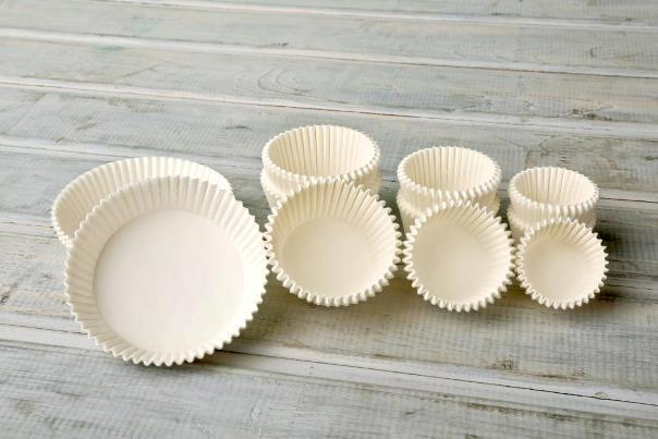 Paper baking mold different sizes