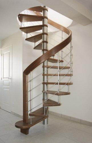 Bogen und Spindel Treppe