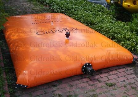 Flexible water tanks