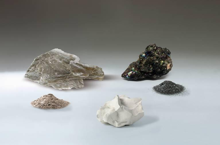 Georg H. Luh - various minerals