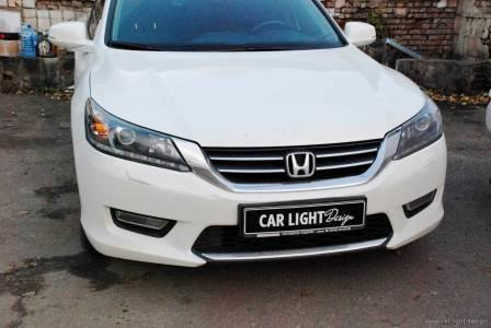 Repairing the fog lights of the car Honda Accord 9