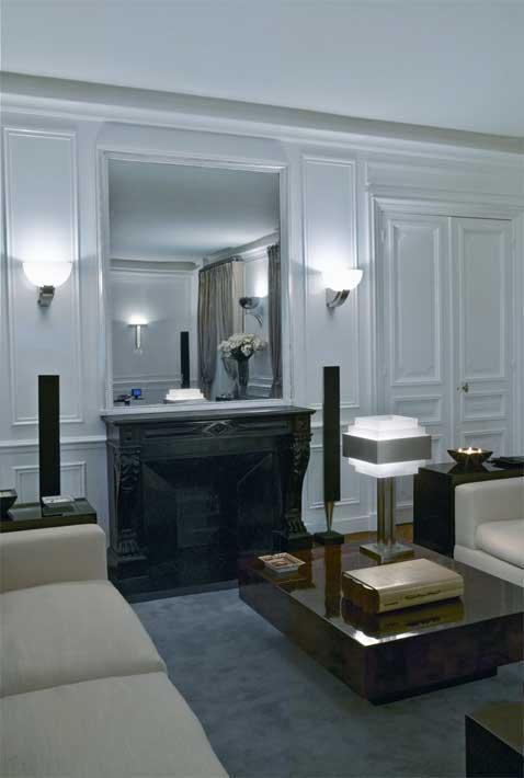 Parisian apartment with Perzel lights
