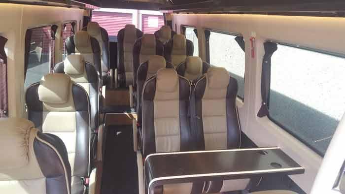 Minibus super equipe courts et longs voyages