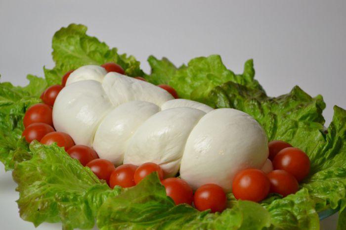 Mozzarella Treccia (braid)
