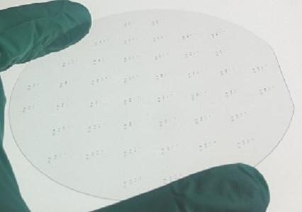 Laserstrukturieren und Mikrobohren von Wafer