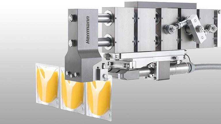 Sealing of packaging materials
