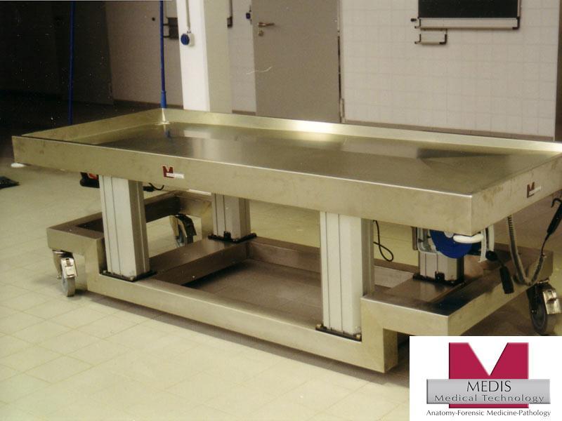 Vet. Large Animal Autopsy Table, mobile, adj. height