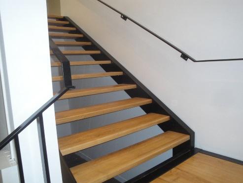 Escalier Bois Et Métal Sur Mesure. Rénovation Du0027une Entreprise   MALINGUE