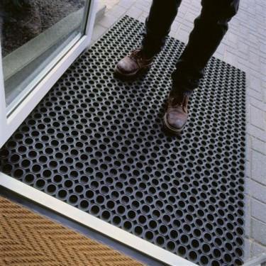 tapis de sol industriel caillebotis en caoutchouc caillebotis en caoutchouc noir 60 watco - Tapis Sol