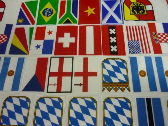 Bandiere da cucire e termoadesive