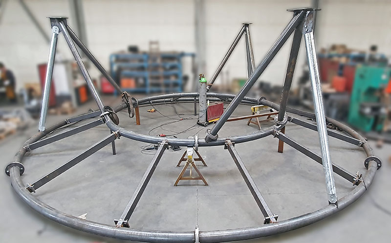 Steel structure of a water slide
