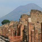 F16 AMALFI COAST AND POMPEI