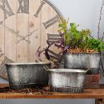 Set of 3 Metal Planters With Antique Finish