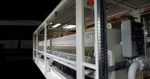 Semi-mobile filter press plant (the cube)