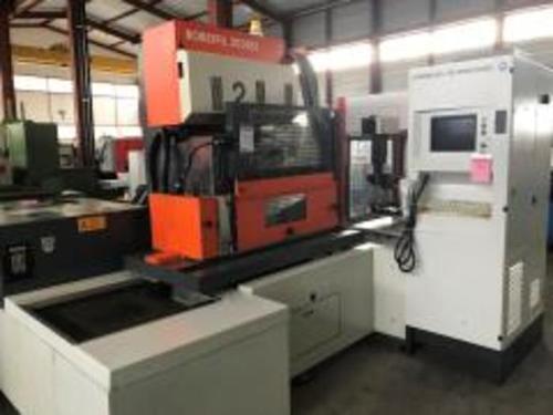 CNC Rundschleifmaschine