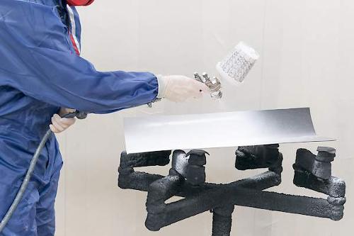 Plastic coating - varnishing