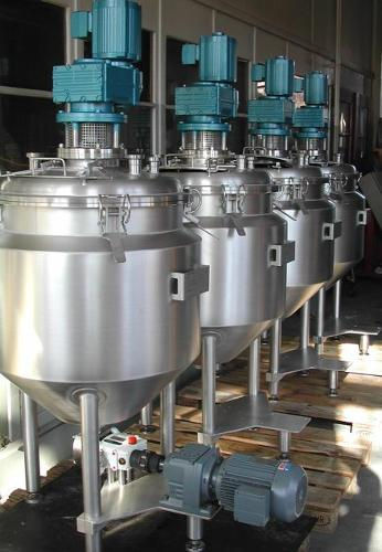 Stirrer container made of stainless steel