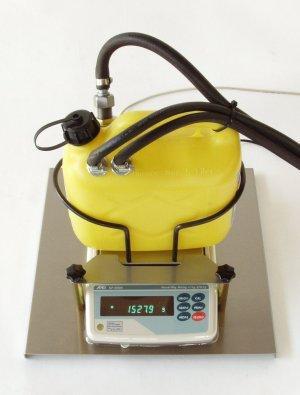 Fuel consumption metering device