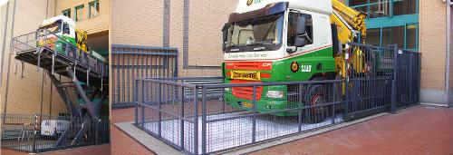 Vrachtwagenliften door Lödige