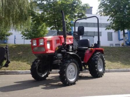 Трактор Беларус-321