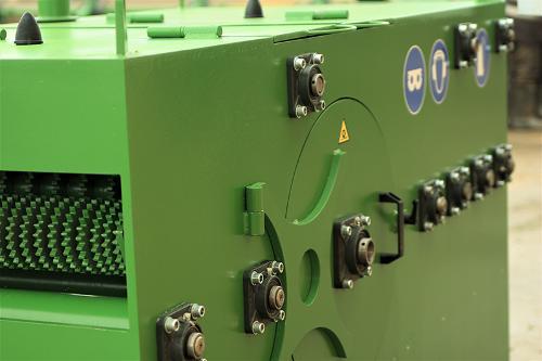 Multi-sawed single-shaft machine MOS 220
