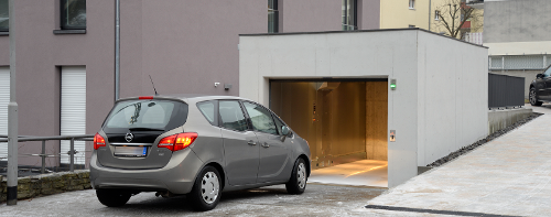 Garage car lift for limited space