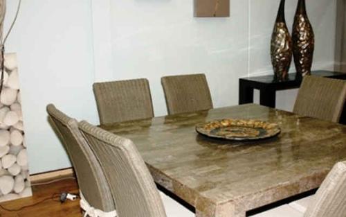 Création de mobilier d'intérieur et extérieur  sur mesure