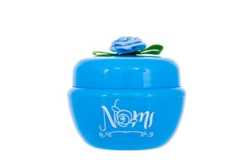 Nomi cosmetics for young girl's face cream
