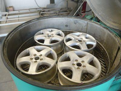 Application example: Paint stripping of wheel rims in...