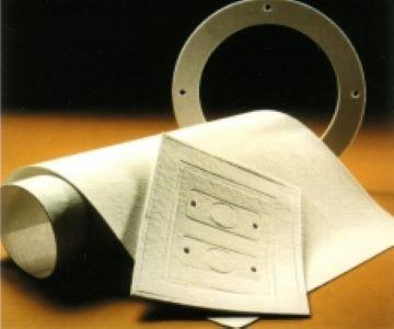 Thermo insulating felt and paper