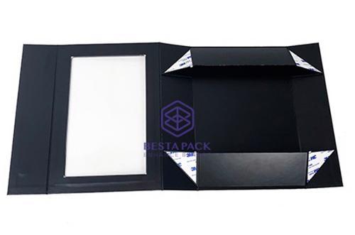مربع ورقة جامدة قابلة للطي