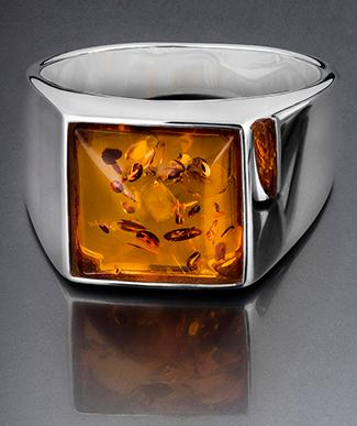 Silver signet ring with amber