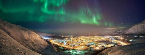 Murmansk Northern Lights Tour in Winter