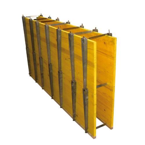 Panneaux de coffrage bois tricolé